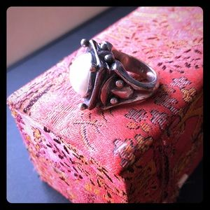 Very beautiful Brazilian authentic silver ring.
